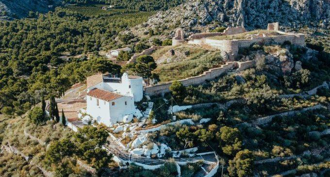 Castelló dissenya una guia amb cinc rutes per a gaudir del senderisme i el patrimoni