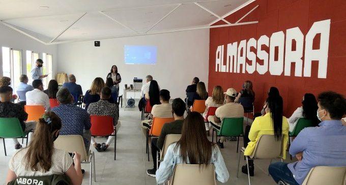Almassora prorroga un año más a 30 estudiantes del programa laboral 'Et formem'