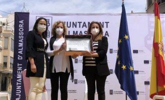 Homenatge d'Almassora a víctimes i treballadors contra la COVID