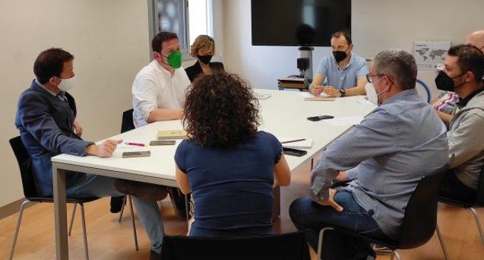Compromís per Castelló debat amb els sindicats com agilitzar les borses municipals d'ocupació