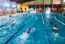 Nules imparte cursos de natación adaptados a niños y niñas con diversidad funcional