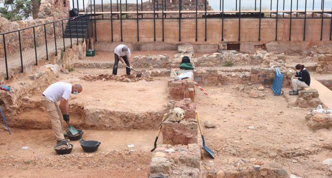 Onda inicia las excavaciones en el Palacio Taifa para recuperar más patrimonio histórico en el castillo
