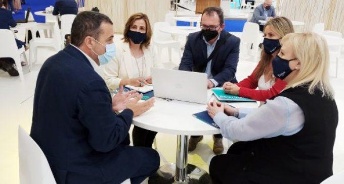 Benicàssim mantiene encuentros con profesionales del sector para impulsar la paquetización de la oferta turística