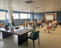 Almenara realitza un curs per a persones cuidadores no professionals