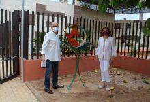 """""""Navegant pel món"""", una obra de l'escultor castellonenc Jacinto Domínguez que s'instal·la en Nules"""