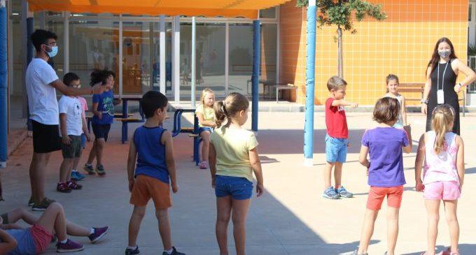 Les escoles d'estiu de Nules compten amb la participació de prop de 500 xiquets i xiquetes