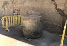 Una veïna de l'Alcora dóna una peça d'època romana al Museu de Ceràmica