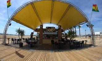 Los chiringuitos de las playas de Castelló abren este jueves tras la espera de que Costas les dejara