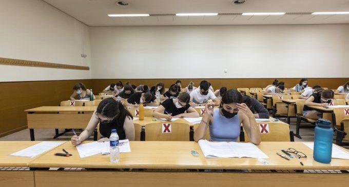 L'UJI arranca el segon dia de PAU: Què passa després els exàmens?
