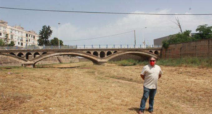 El Ayuntamiento acondiciona de nuevo el cauce del río Anna en el tramo urbano de Borriana