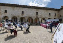La Diputació, Cultura i el Bisbat rubriquen a Sant Joan de Penyagolosa el conveni per a rehabilitar i donar vida al santuari