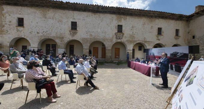 La Diputación, Cultura y el Obispado rubrican en Sant Joan de Penyagolosa el convenio para rehabilitar y dar vida al santuario