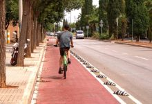 Castelló estrena un nou carril bici en Pascual Asensio amb el qual s'amplia una xarxa ciclista més permeable