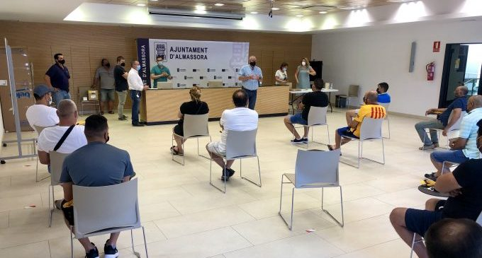 Almassora incorpora a 43 peons agrícoles per a neteja