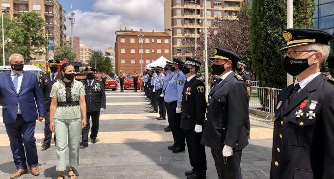 """La Policía Local de Almassora premia a la sociedad civil  por su """"sacrificio y espíritu de solidaridad"""" durante la pandemia"""