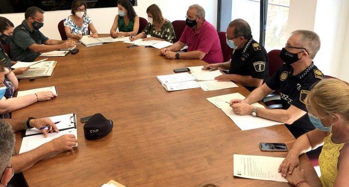 Guàrdia Civil i Policia d'Almassora insten la col·laboració ciutadana per la convivència en Botànic