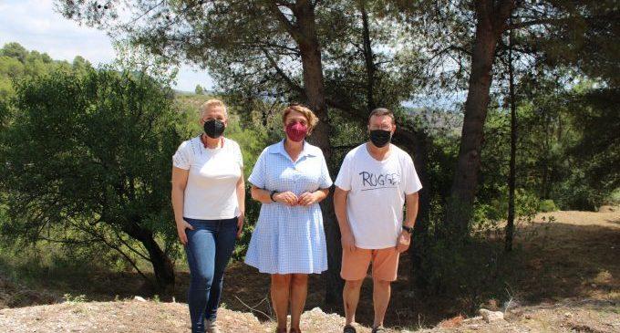 Las brigadas forestales de la Diputación trabajan en la limpieza del paraje de Sant Vicent de l'Alcora