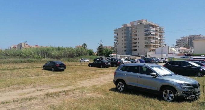 Peñíscola compta amb 1.500 places d'aparcament gratuït per a aquest inici d'estiu