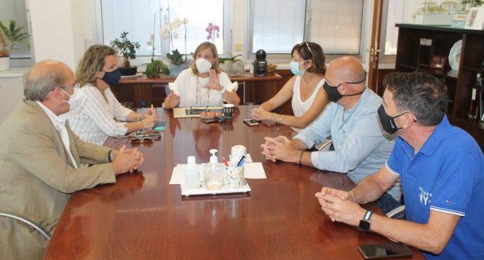 """""""Gaudim amb responsabilitat"""", la campanya d'hostalers i comerciants de Benicàssim per a conscienciar i sensibilitzar contra la Covid-19"""