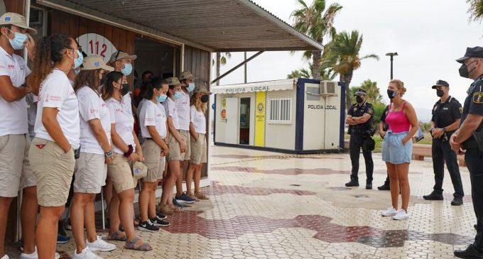 """Marco destaca """"la importància"""" del treball dels auxiliars de platja en un segon estiu de pandèmia"""