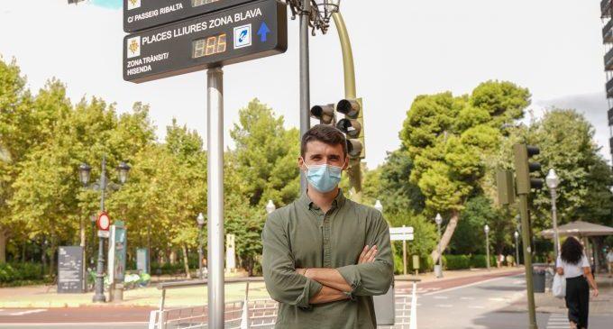 Castelló instal·la panells informatius que indiquen a temps real les places lliures en zones ORA