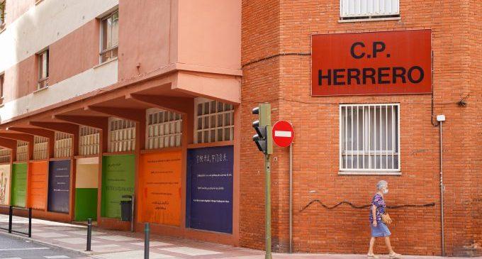 Castelló impulsa la movilidad sostenible y segura para el alumnado del Herrero durante la reforma