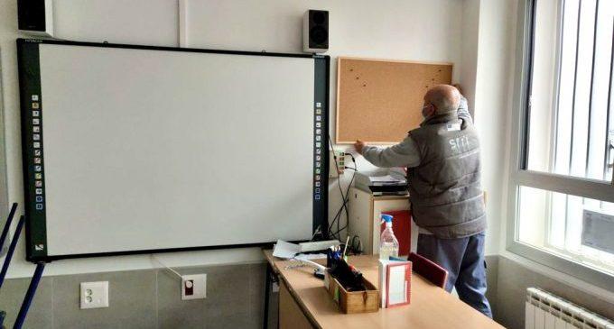 Almassora se prepara para abrir dos aulas de dos años en los centros Embajador Beltrán y Regina Violant