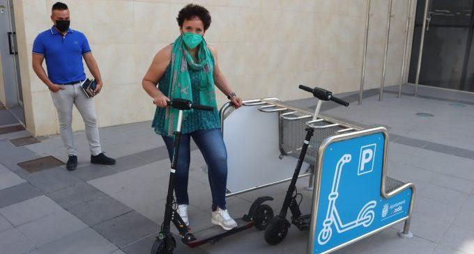 Onda avança en la seua aposta per la mobilitat sostenible i instal·la tres pàrquings per a patinets