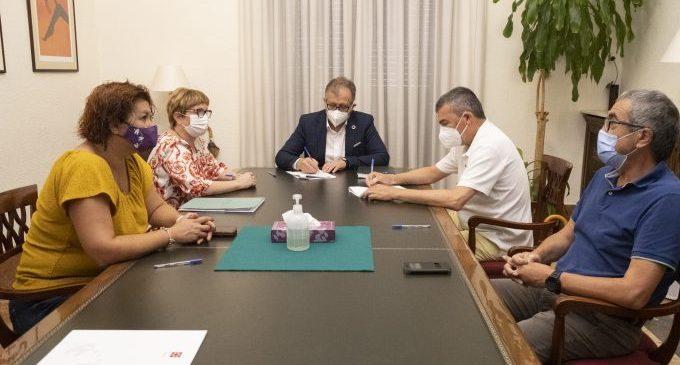 La Diputació promou amb 160 mil euros la creació de línies d'investigació contra el càncer en el Provincial