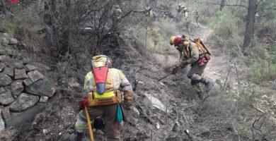 Estabilizado el incendio de Azuébar tras una noche tranquila y sin reproducciones del fuego