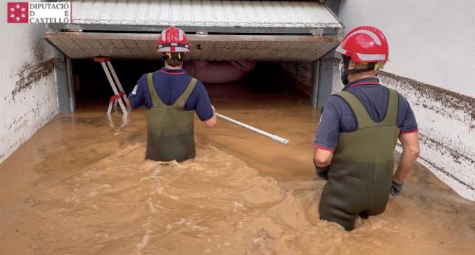 El Consorci de Bombers de Castelló realitza desenes d'intervencions per les inundacions a Benicàssim