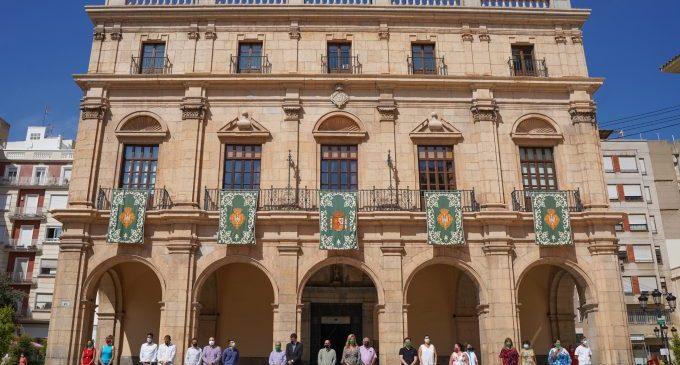 Castelló inicia el 770 Aniversari de la ciutat amb volteig de campanes, gaiates i mitologia