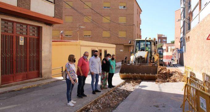 Comienza el proyecto de remodelación y mejora de la calle Enrique Grangel Girona de l'Alcora