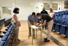 Almassora signa el contracte per a la rehabilitació de l'Auditori Les Boqueres