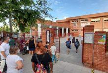 Vinaròs reforça el personal de neteja contra la Covid per a l'inici del nou curs escolar