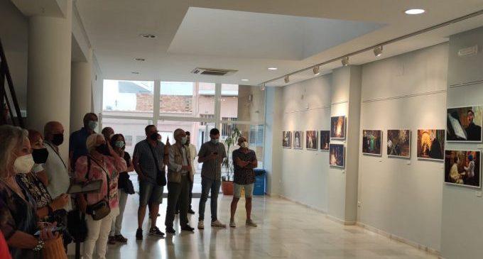 El centro Paulo Freire de Almenara acoge la exposición 'Orthodox Easter' de Santos Moreno