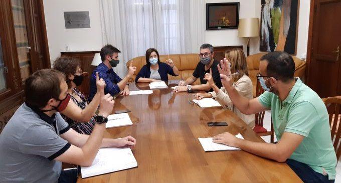La Junta de Govern de Benicarló aprova l'expedient de la nova licitació de la Piscina Municipal