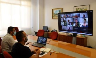Benlloch avala la proposta de la comissió consultiva de bous al carrer de la Comunitat Valenciana per a reprendre els festejos el 27 de setembre