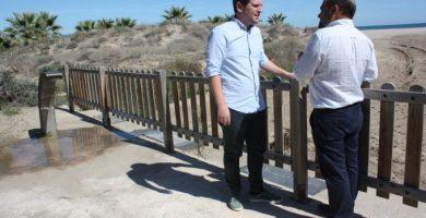 La playa canina de Castellón reabre con mejoras