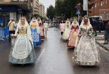 Almassora ofrena a la patrona en un plujós tancament de festes