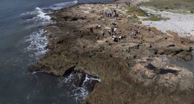 La Diputació de Castelló desenvolupa una segona campanya d'excavacions en el jaciment del Prat de Cabanes per a reforçar la seua protecció enfront de l'erosió de la mar