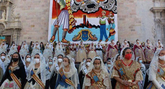 L'emotiva i solemne Ofrena i la 'cremà' tanquen l'últim dia de les Falles de Borriana 2021